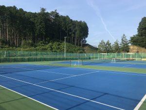 湯元公園庭球場